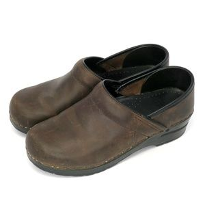 Dansko Brown Oiled Leather Professional Clogs